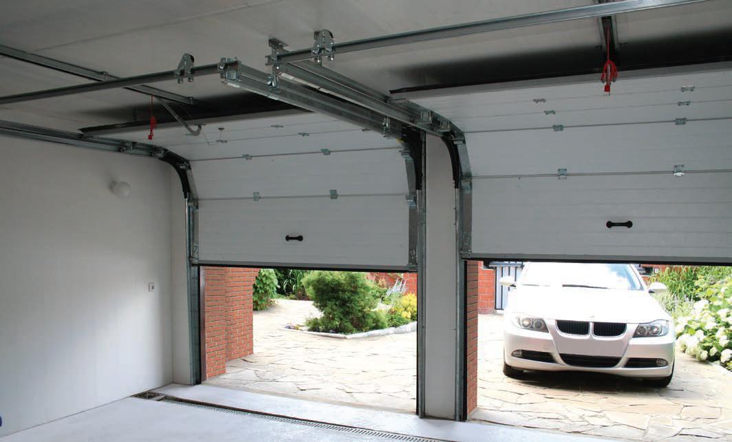 Гаражные секционные ворота Doorhan серии RSD02