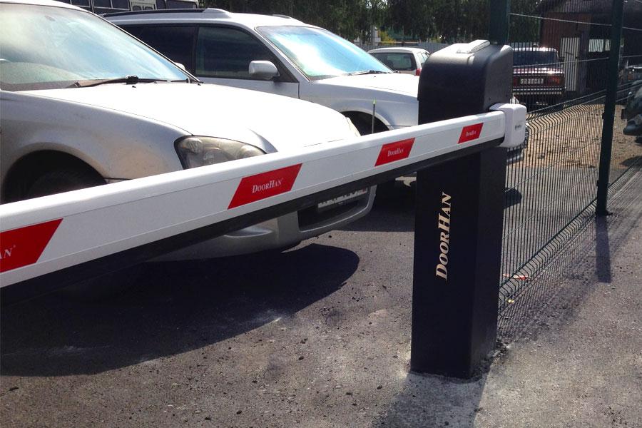 Роллетные ворота для гаража в Москве, заказать гаражные